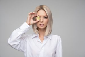 Femme, Jeune, Adulte, Finances, Crypto-Monnaie, Bitcoin